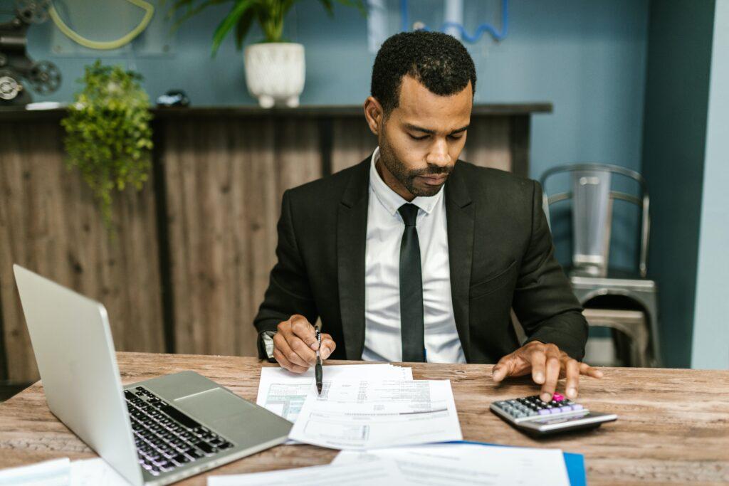 3 pasos para negociar con un cobrador de deudas